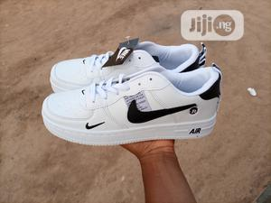 Airforce 1 Sneakers   Shoes for sale in Abuja (FCT) State, Maitama