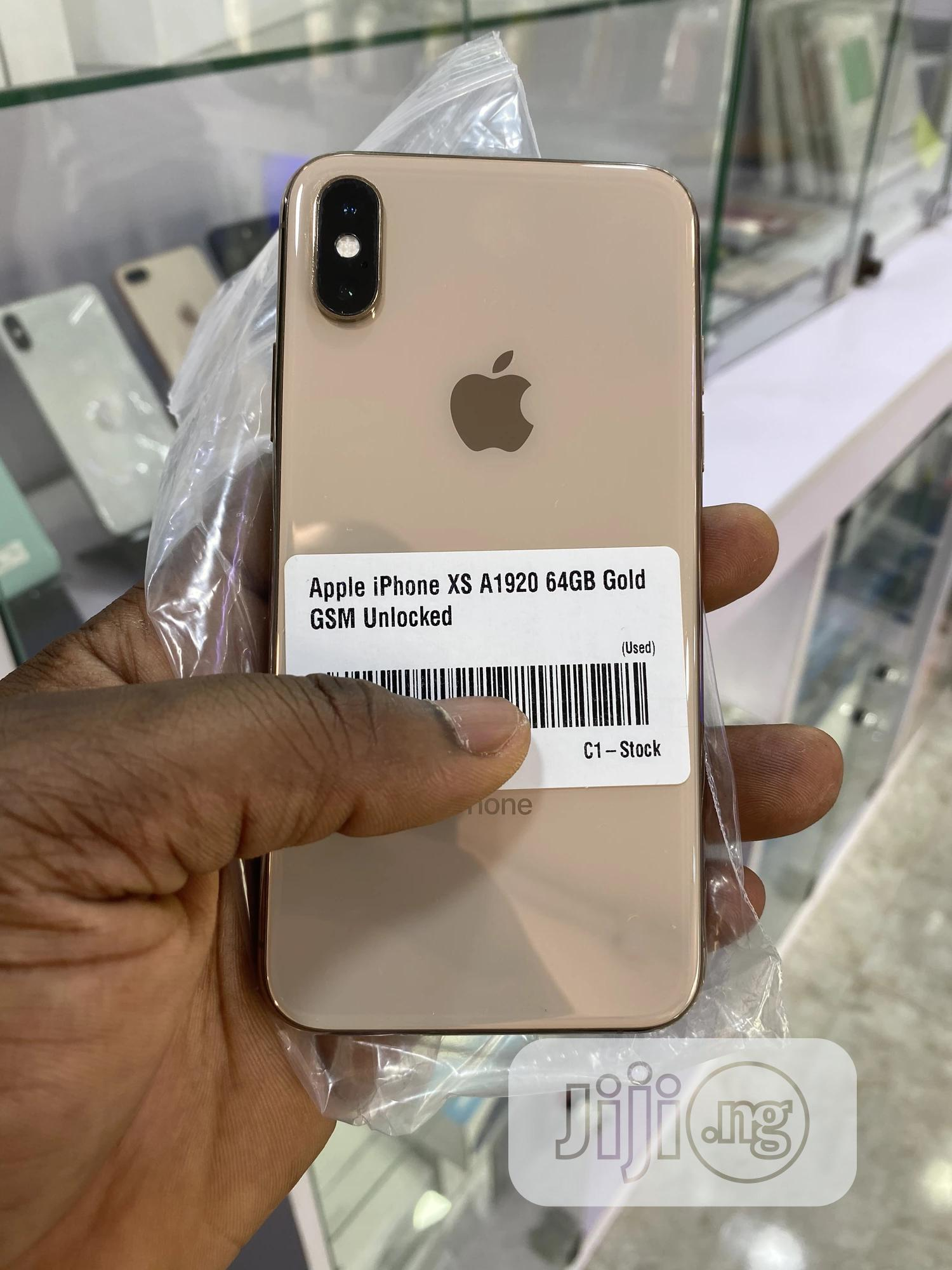 Apple iPhone XS 64 GB Gold   Mobile Phones for sale in Osogbo, Osun State, Nigeria