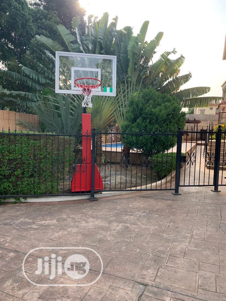 Archive: Standard Basketball Stand