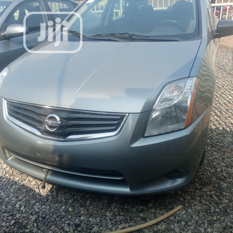 Nissan Sentra 2010 Gray
