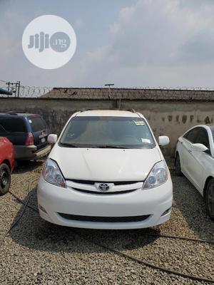 Toyota Sienna 2008 LE White   Cars for sale in Lagos State, Ikorodu