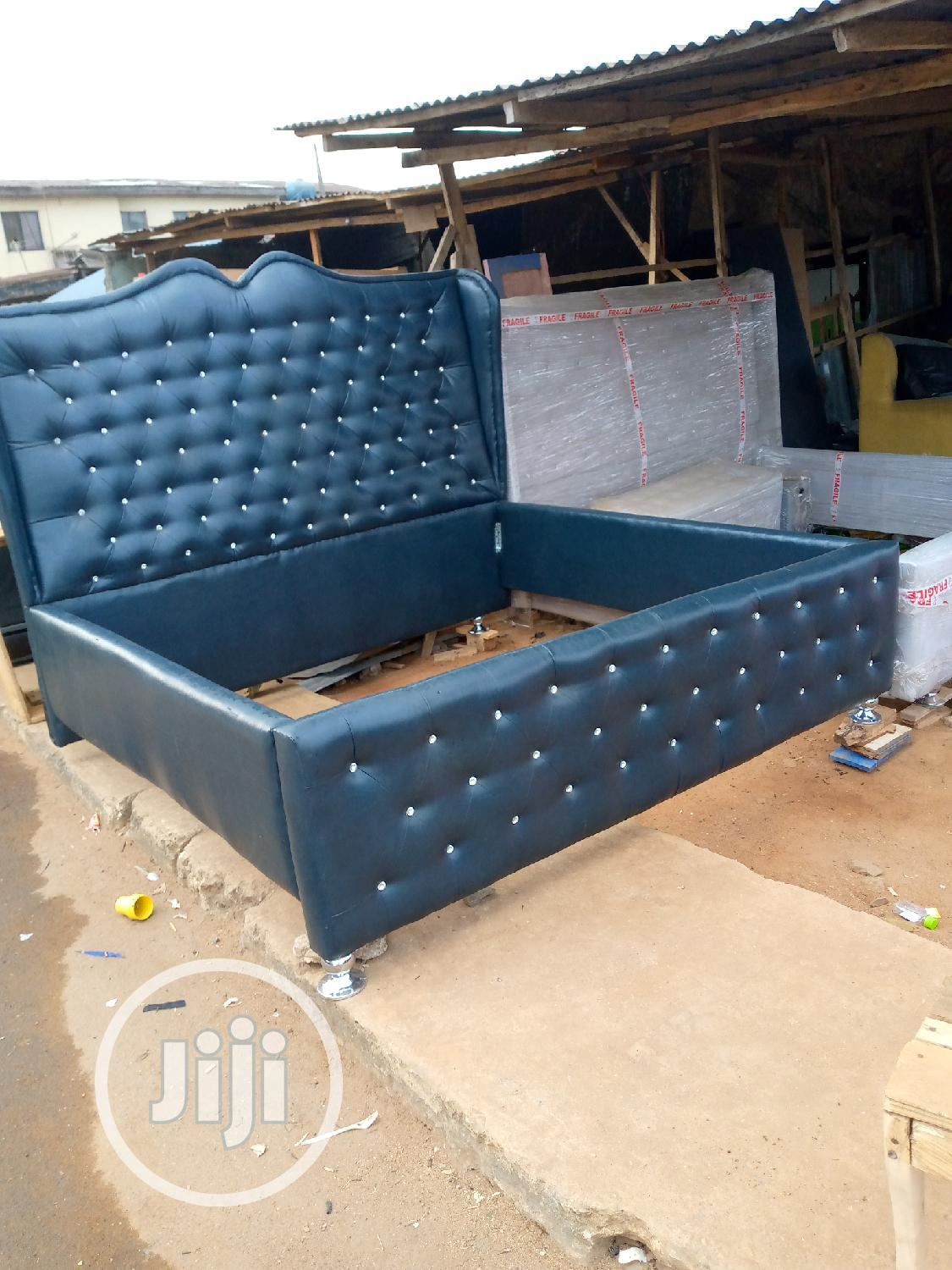 6by6 Bed Made of Stock Leather