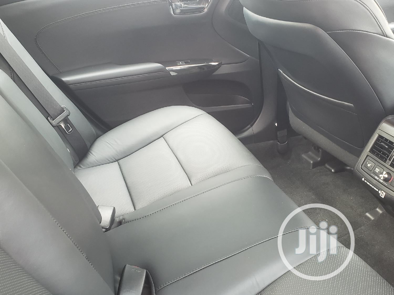 Archive: New Toyota Avalon 2018 Black