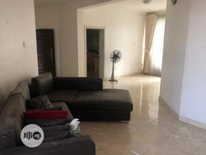 Spacious Neat 3 Bedroom Flat for Sale | Houses & Apartments For Sale for sale in Lekki, Osapa london