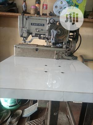 Brother Buttonhole Industrial Straight Sewing Machine | Manufacturing Equipment for sale in Lagos State, Mushin
