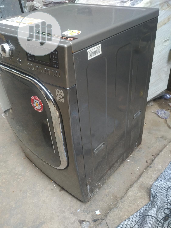 19kg LG Washing Machine   Home Appliances for sale in Alimosho, Lagos State, Nigeria
