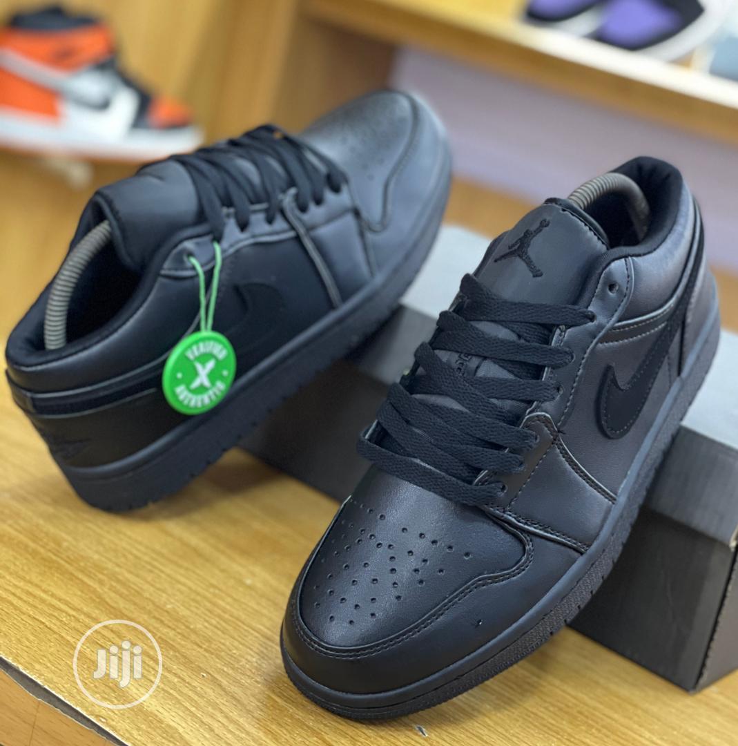 Nike Air Jordan 1 Low Triple Black Sneakers Original   Shoes for sale in Surulere, Lagos State, Nigeria
