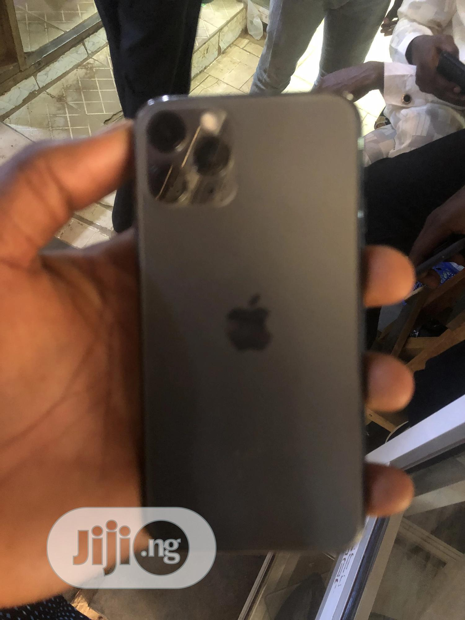Archive: Apple iPhone 11 Pro 256 GB