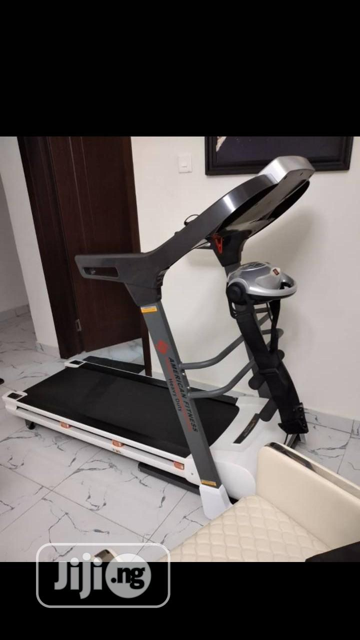 2hp American Treadmill With Automatic Incline Decline