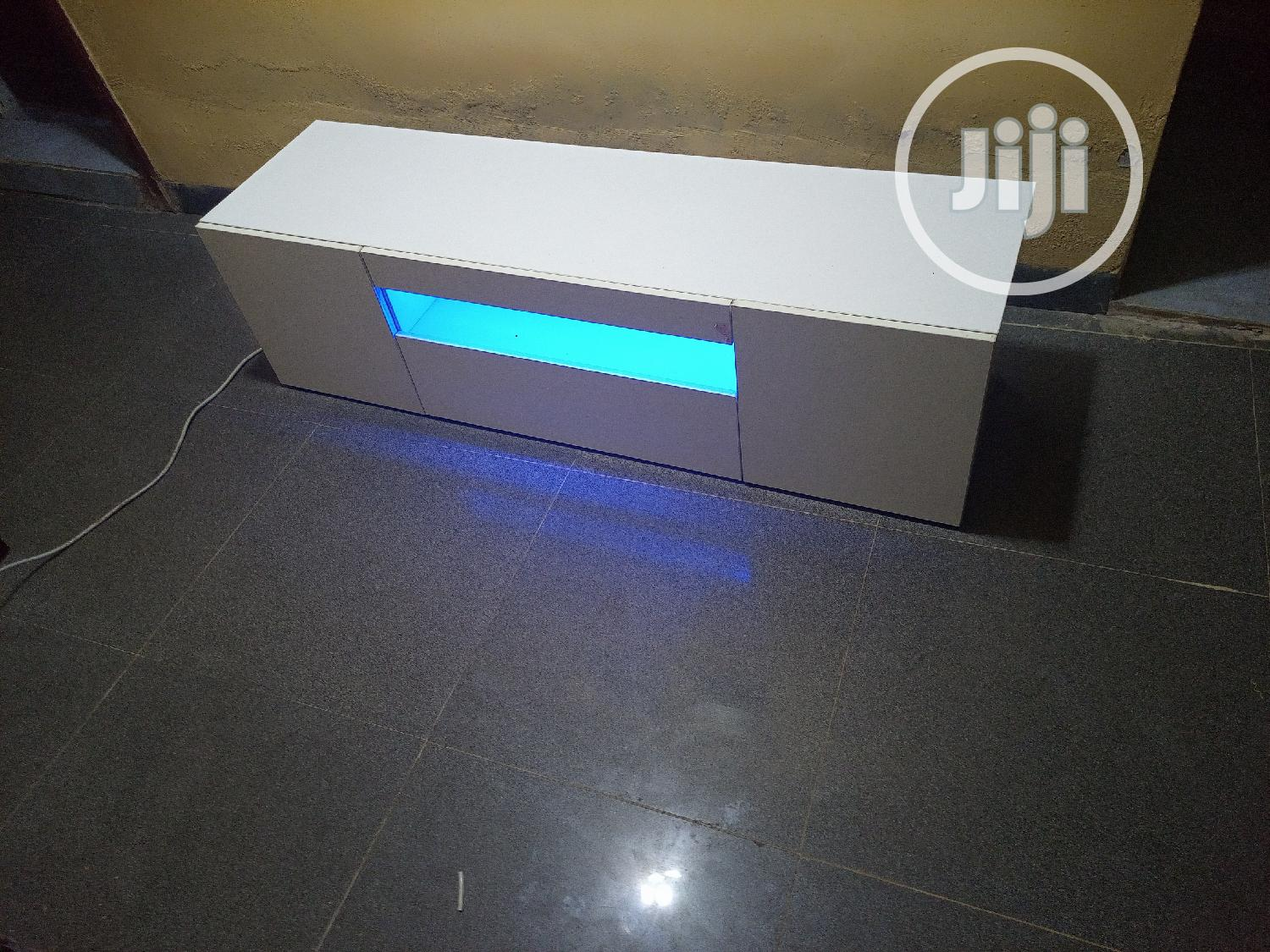 White Tv Stand With Light