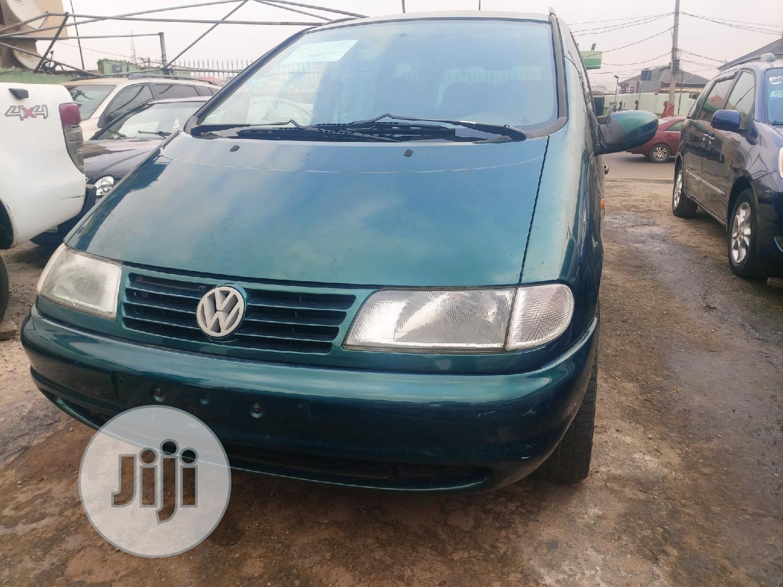 Archive: Volkswagen Sharan 2000 2.8 Green