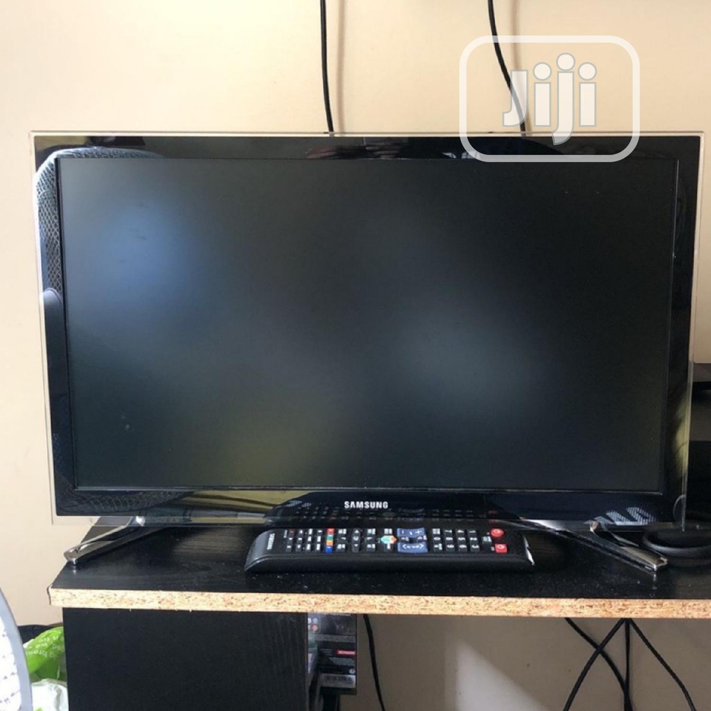 24 Inch Samsung Smart Full HD LED TV - London Used