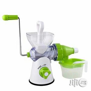 Manual Juicer Orange Squeezer Juice Extractor Machine | Kitchen & Dining for sale in Plateau State, Jos
