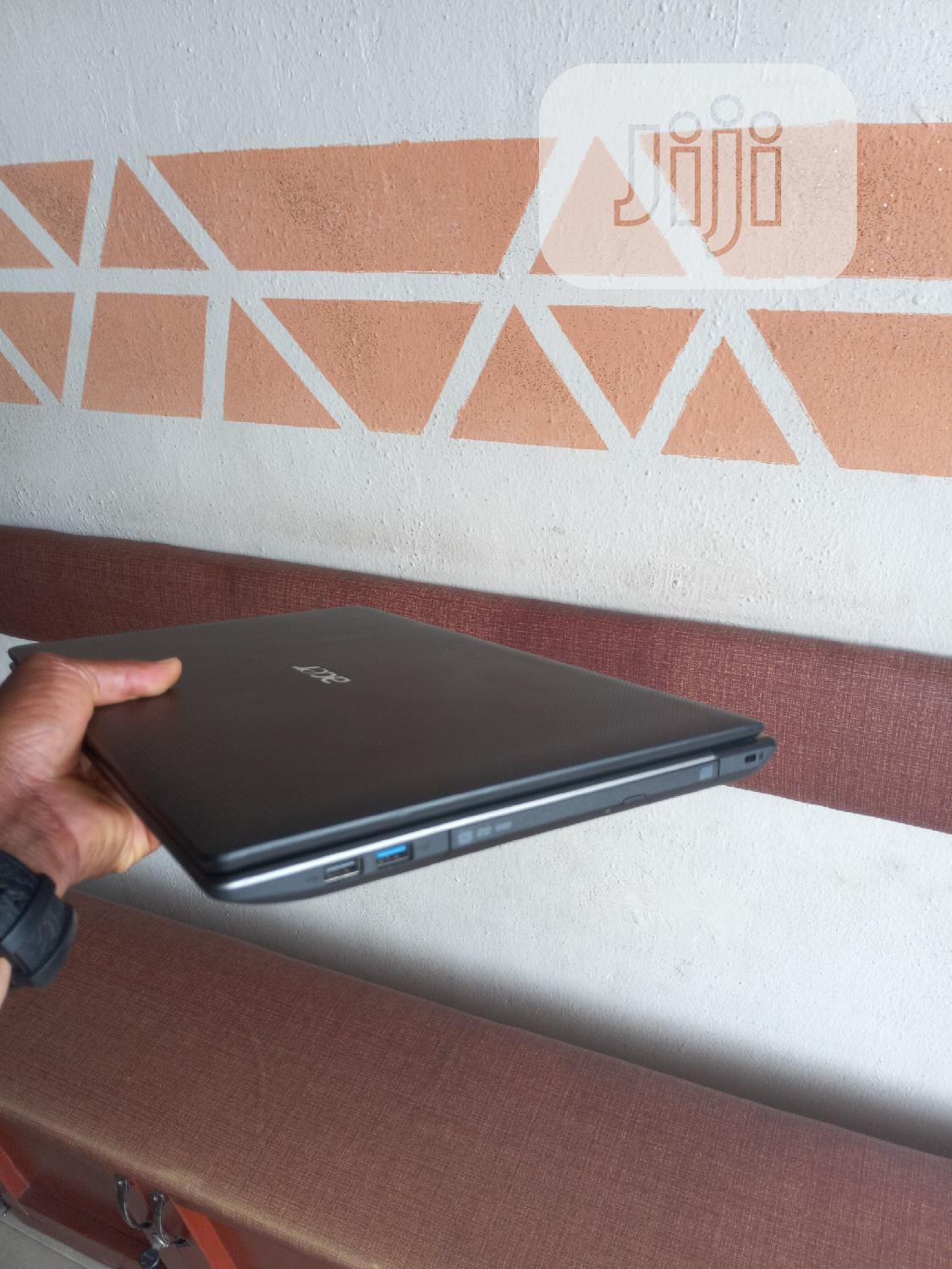 Archive: Laptop Acer Aspire 5750 4GB Intel Core I5 HDD 320GB
