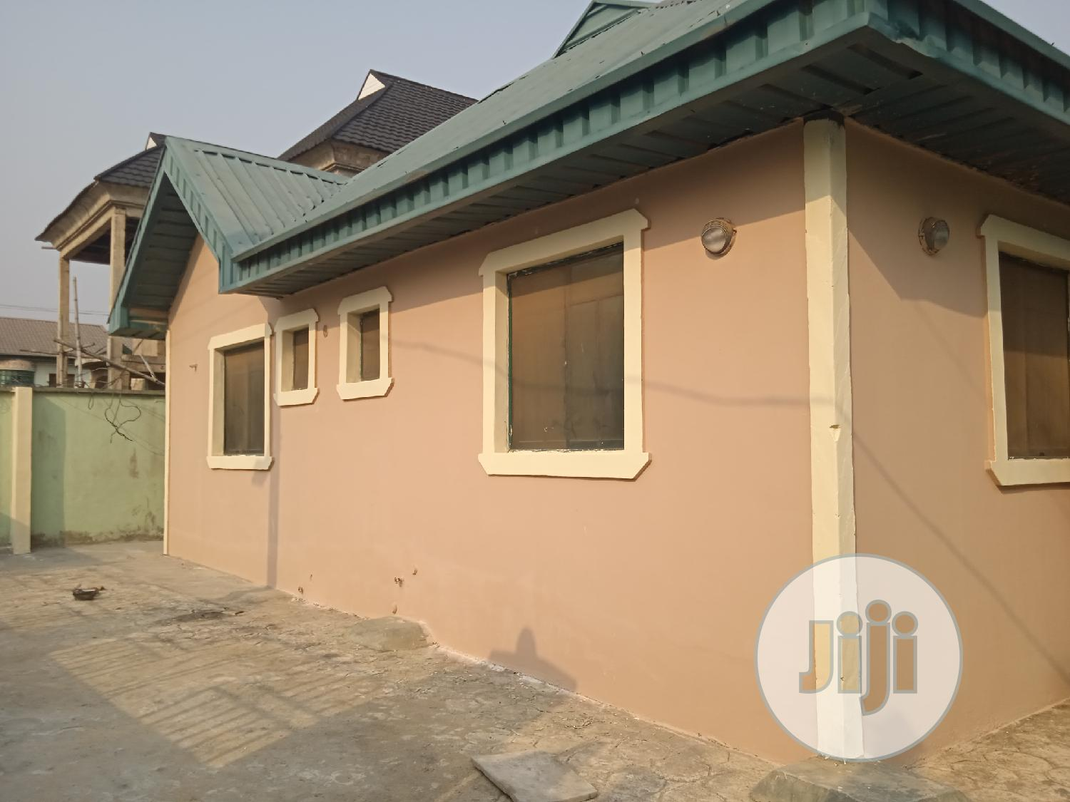 Standard 2bedroom Flat to Let | Houses & Apartments For Rent for sale in Ikorodu, Lagos State, Nigeria
