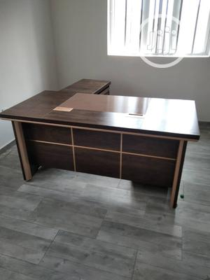 Super Quality Imported Executive Office Table   Furniture for sale in Lagos State, Ojo
