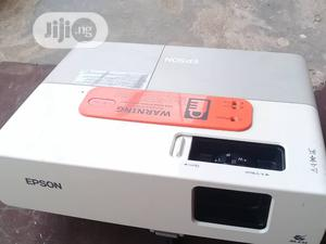 Super Bright Epson Projector Avalable in Projector Warehouse   TV & DVD Equipment for sale in Lagos State, Ogba