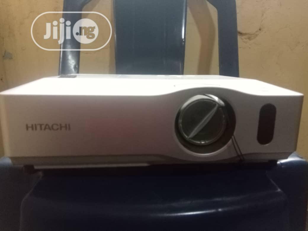 Hitachi Projector   TV & DVD Equipment for sale in Ikorodu, Lagos State, Nigeria