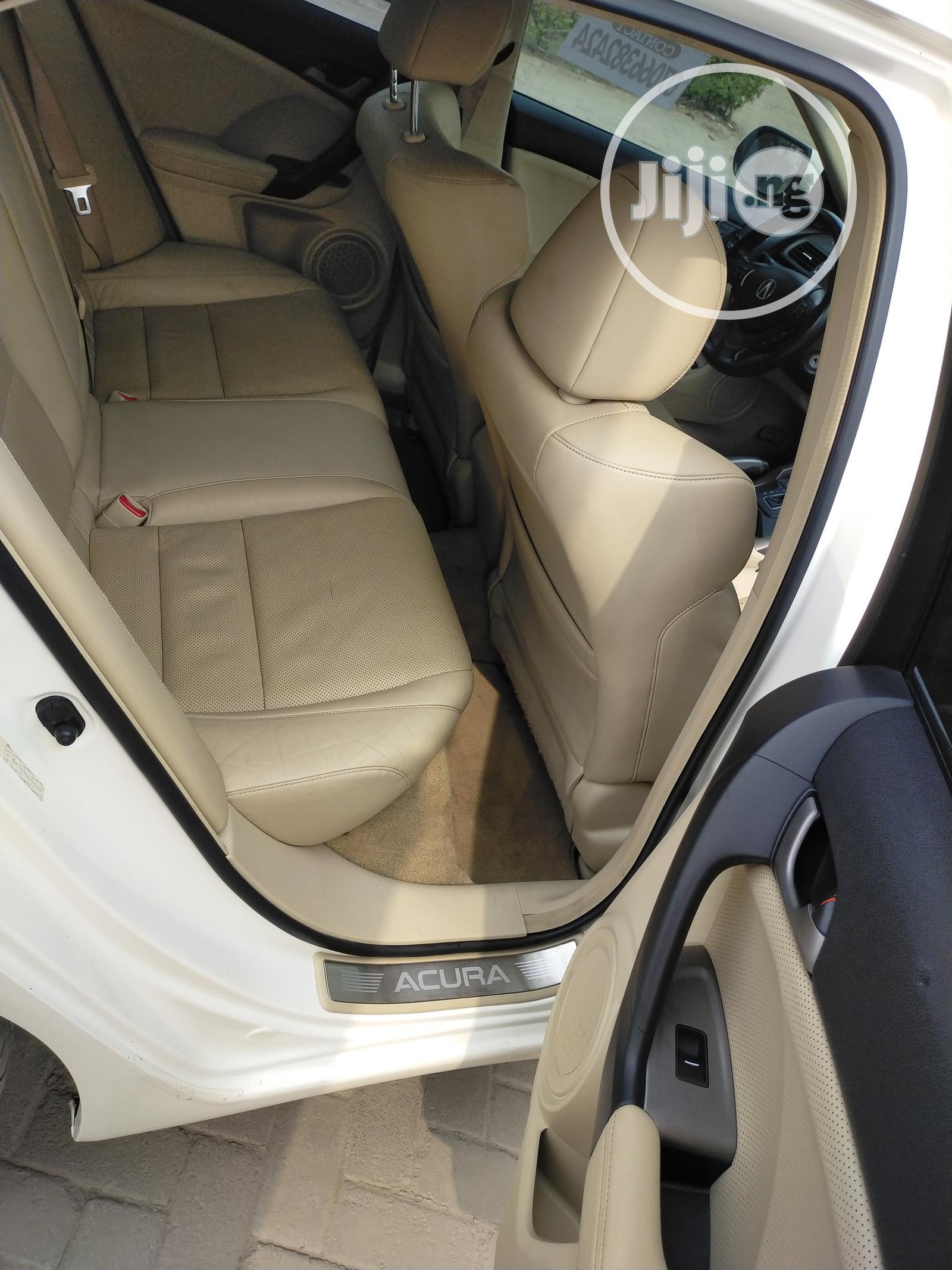 Archive: Acura TSX 2009 Automatic White