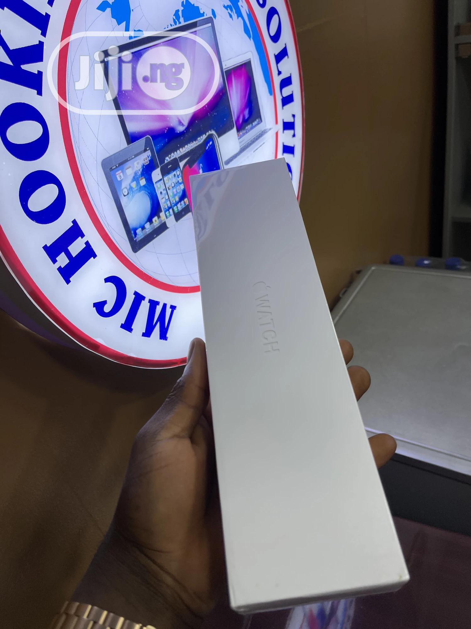 Apple Iwatch Series 6 Gps Cell | Smart Watches & Trackers for sale in Ikeja, Lagos State, Nigeria