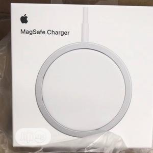 Apple Magsafe Wireless Charger   Accessories for Mobile Phones & Tablets for sale in Lagos State, Ajah