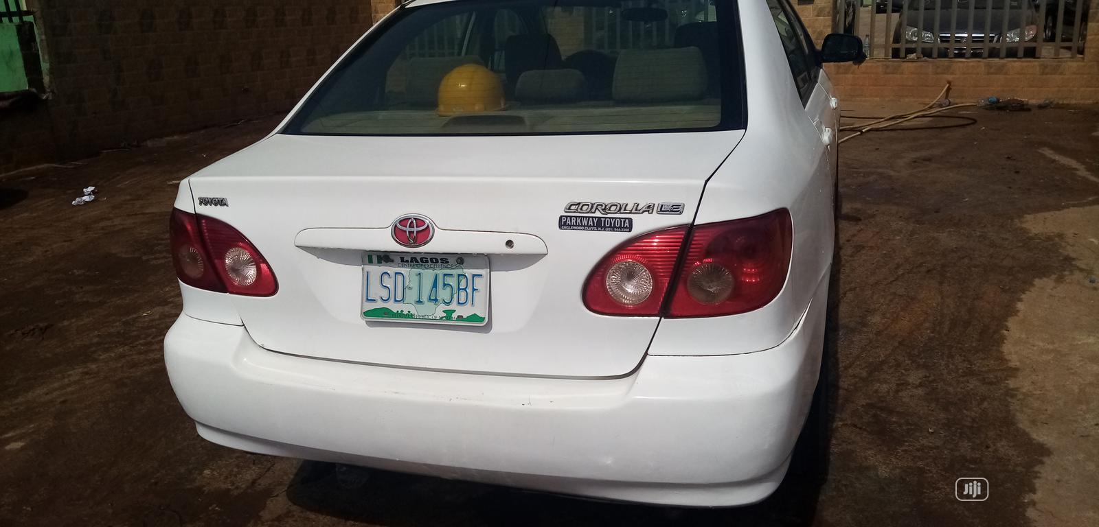 Archive: Toyota Corolla 2005 LE White