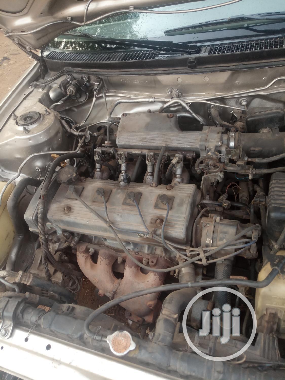 Archive: Toyota Corolla 1992 Gold