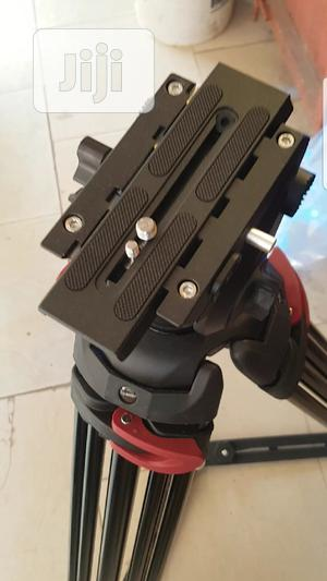 Professional Heavy Duty Tripod With Spreader | Accessories & Supplies for Electronics for sale in Lagos State, Ojo