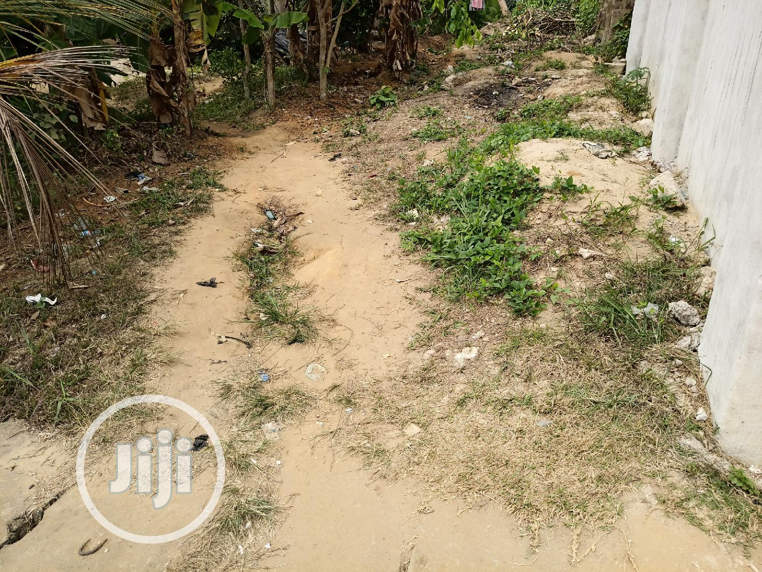 5 Flats Uncompleted Building for Sale
