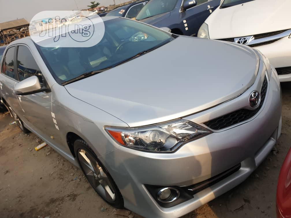 Toyota Camry 2012 Silver