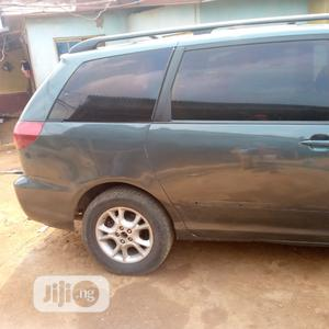 Toyota Sienna 2006 XLE Limited AWD Green | Cars for sale in Lagos State, Ifako-Ijaiye