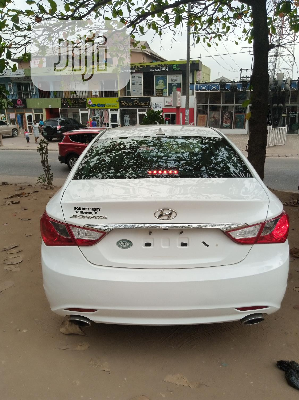 Hyundai Sonata 2013 White | Cars for sale in Magodo, Lagos State, Nigeria