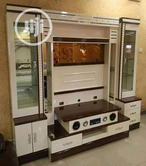 Morden Wall Tv Cabinet Wit Inbuilt Speaker Wine Bar | Furniture for sale in Lagos State, Ojo