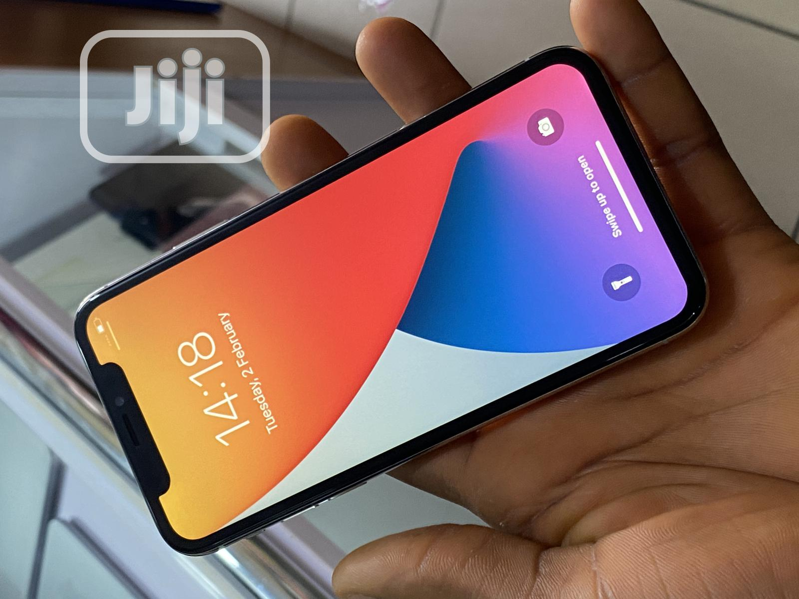 Apple iPhone X 64 GB Silver   Mobile Phones for sale in Wuse 2, Abuja (FCT) State, Nigeria