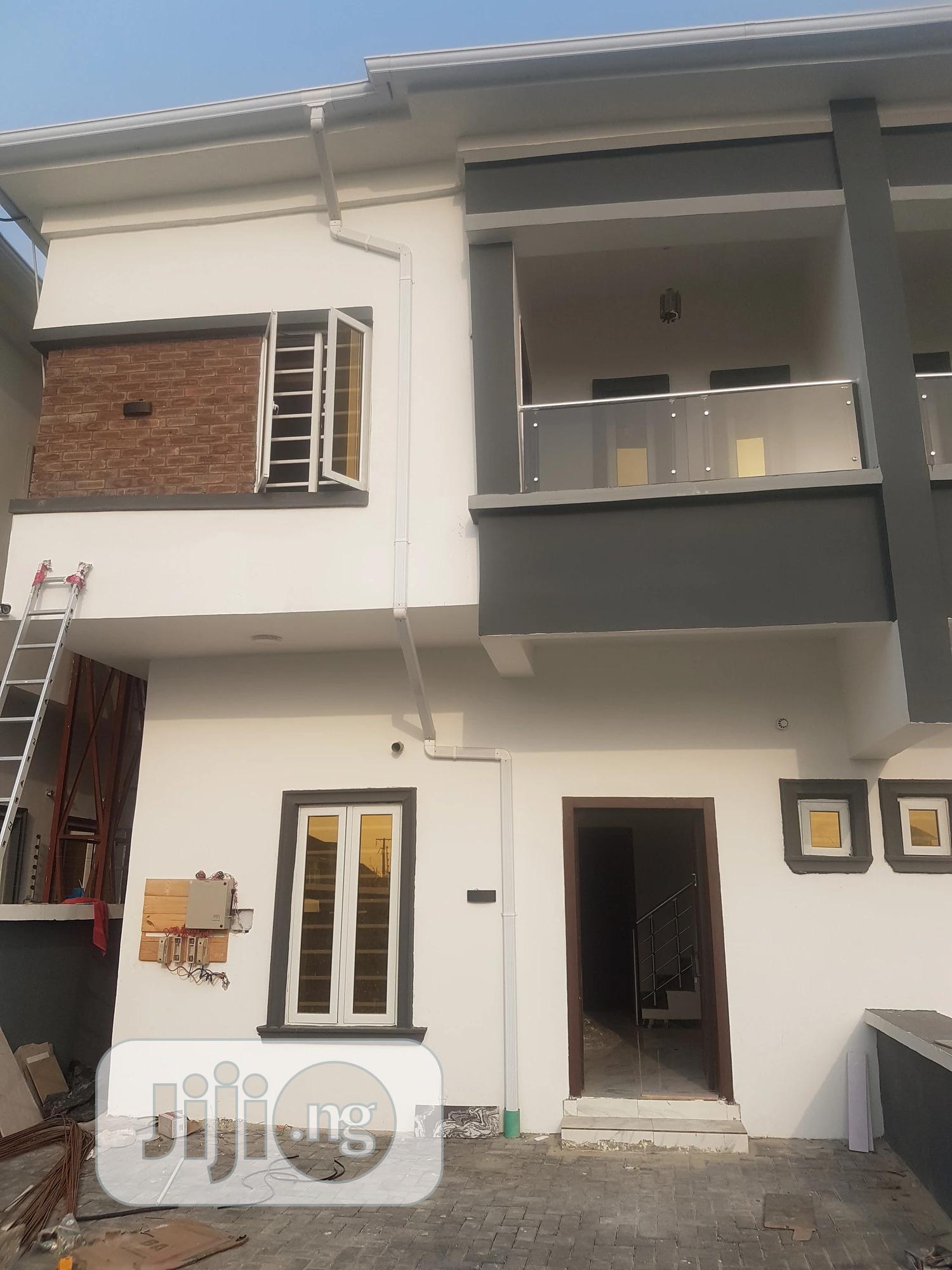 4bdrm Duplex in Ikota Villa Gra for Rent