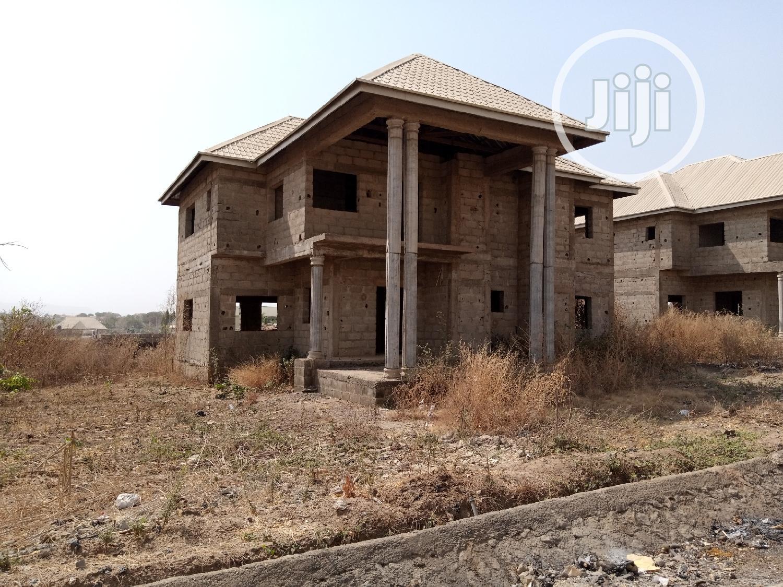 Archive: 5 Bedrooms Duplex for Sale Kurudu