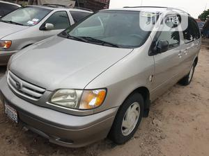 Toyota Sienna 2002 LE Gold | Cars for sale in Lagos State, Apapa