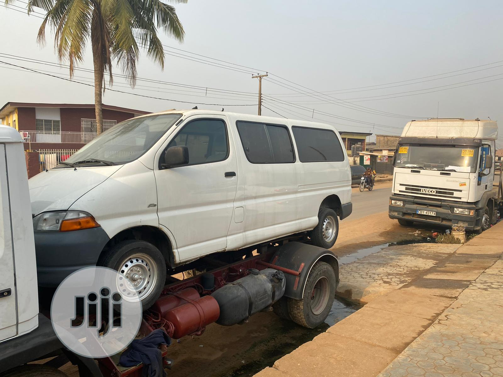 Toyota Hiace 2002 White   Buses & Microbuses for sale in Sagamu, Ogun State, Nigeria