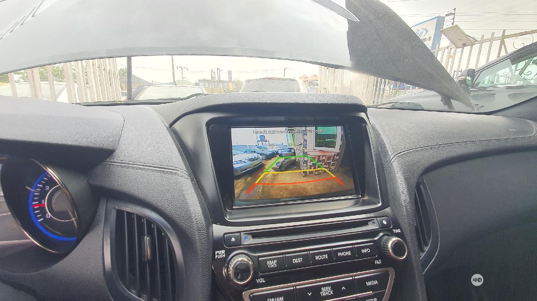 Archive: Hyundai Genesis 2014 Gray