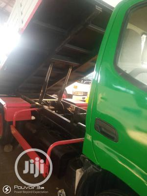 Toyota Dyna Tipper Green 2004 | Trucks & Trailers for sale in Lagos State, Apapa