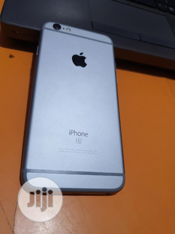 Apple iPhone 6s 16 GB Silver