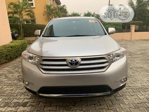Toyota Highlander 2013 Limited 3.5l 4WD Silver | Cars for sale in Lagos State, Ajah