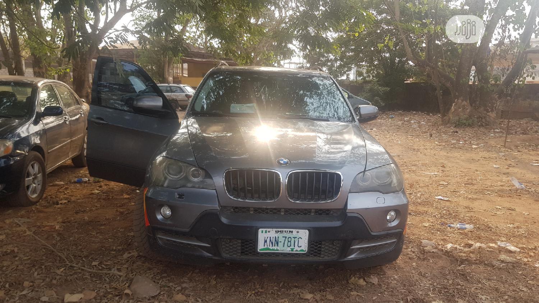 Archive: BMW X5 2009 3.0si Gray