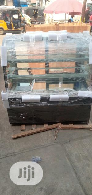 4feet Marble Standing Cake Display Chiller | Store Equipment for sale in Lagos State, Ojo