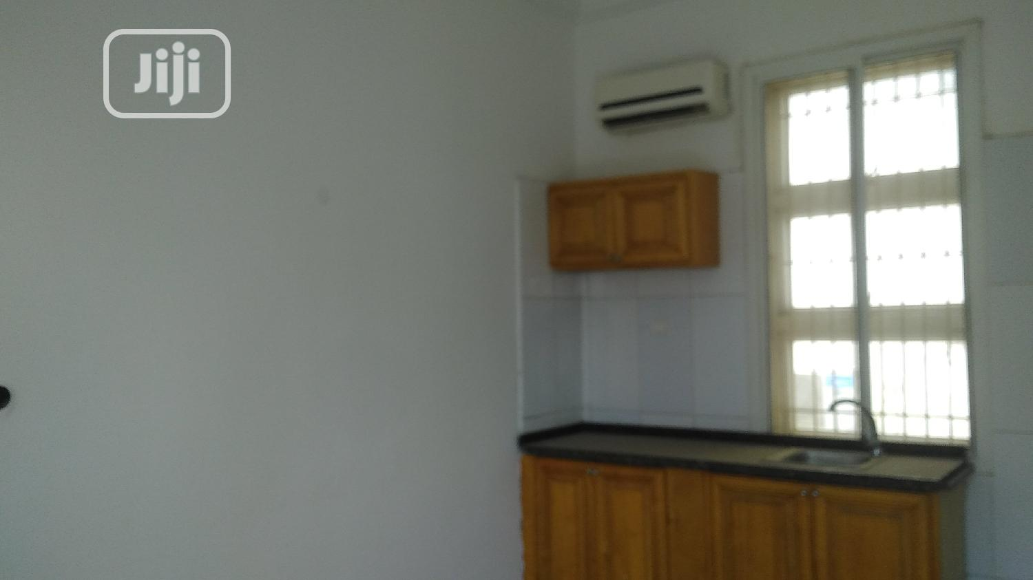 Very Sharp Fully Serviced Studio One Bedroom Flat | Houses & Apartments For Rent for sale in Kado, Abuja (FCT) State, Nigeria