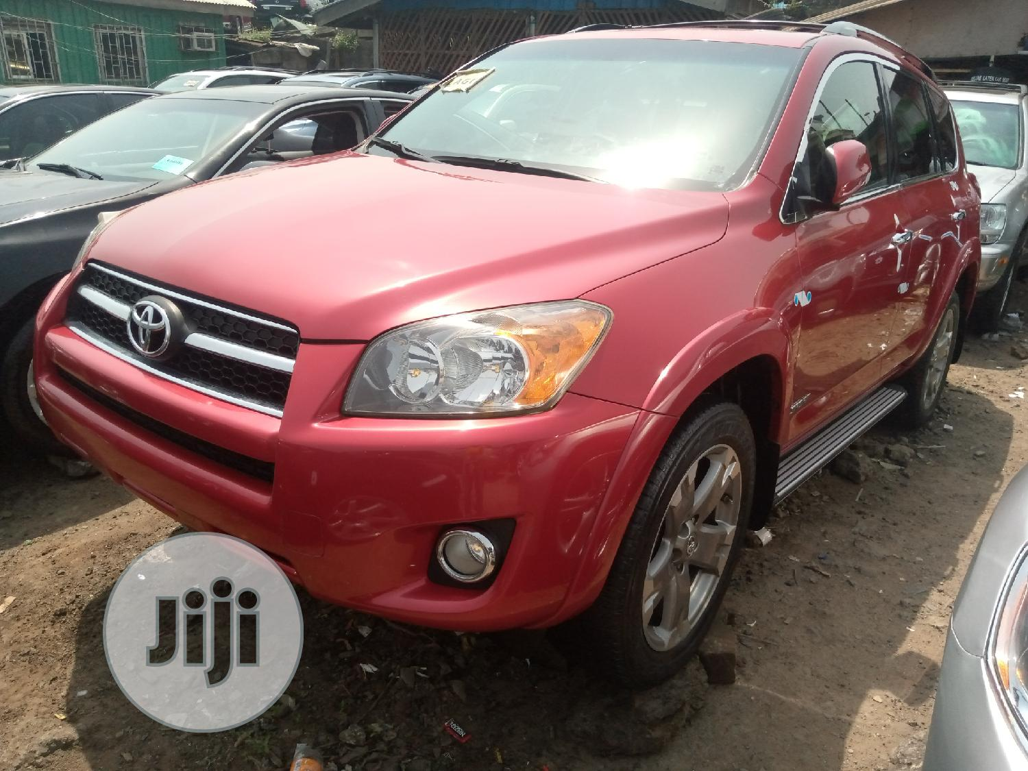 Archive: Toyota RAV4 2010 2.5 Limited 4x4 Red
