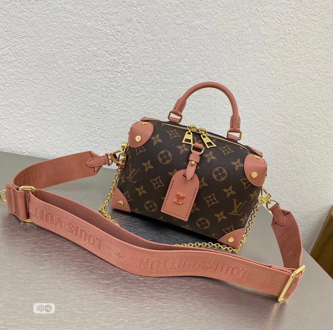 High Quality Louis Vuitton Shoulder Bags for Ladies