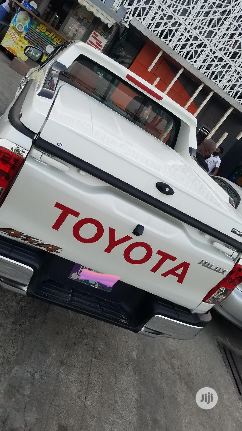 Archive: New Toyota Hilux 2020 White
