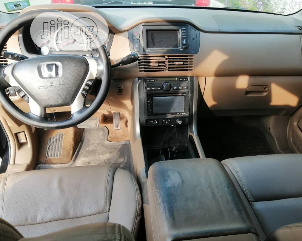 Archive: Honda Pilot 2004 Black