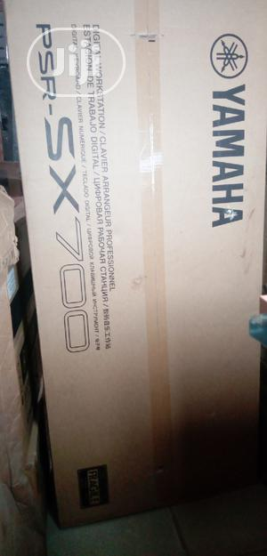 Yamaha Psr SX700 Keyboard   Musical Instruments & Gear for sale in Lagos State, Ojo